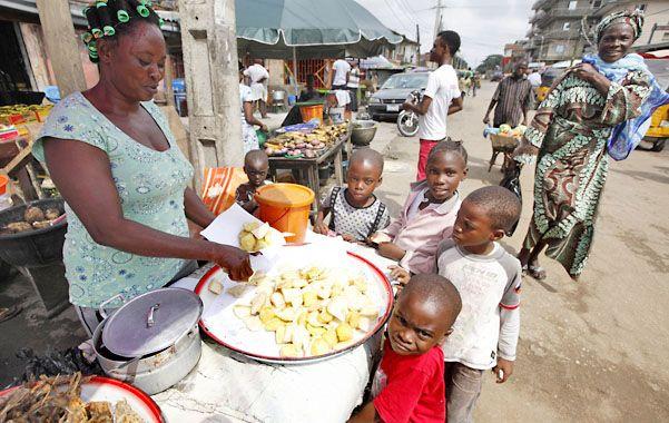Temible. El brote de la enfermedad se inició en Guinea. Margaret Chan advirtió ayer sobre la peligrosidad del virus.