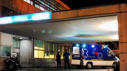 Una de las víctimas del tiroteo en Cavia y Larrechea fue derivada al Hospital de Emergencias Clemente Alvarez