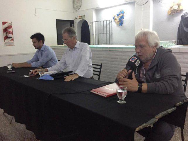 El histórico militante peronista Víctor Ubaltón se retiró indignado del acto de asunción tras los polémicos dicho del ex presidente del PJ, Juan Alberto Vidal.