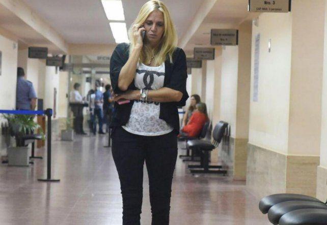 La hija del taxista que se desnudó frente a la movilera de LT8 Georgina Beluatti se disculpó con la periodista.