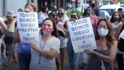 Nueva marcha para exigir la libertad de Diego C, el joven que atropelló y mató a dos delincuentes tras ser asaltado en Fisherton.