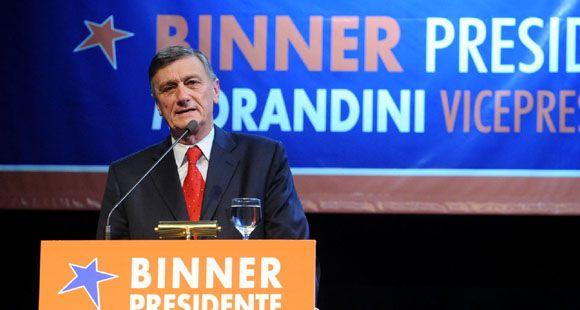 Binner cargó contra el Estado centralizador y antidemocrático que reniega del federalismo