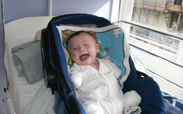 Sonriente. Joaquín sobrevivió a una enfermedad con alto índice de mortalidad.
