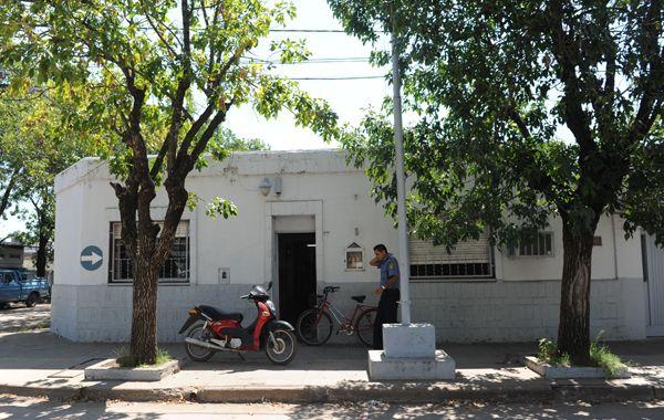 La comisaría 22º de Pérez fue una de las que allanaron. (Foto de archivo)