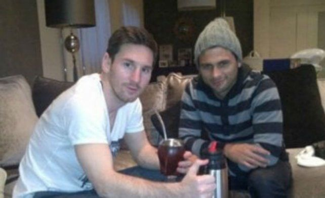 El primo de Messi reconoció que la inseguridad lo aleja de Newells