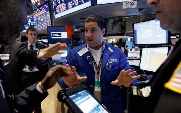 A la bolsa. Acciones energéticas y bonos para hacerse de dólares