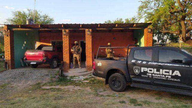 Uno de los domicilios allanados por la TOE en Rosario.