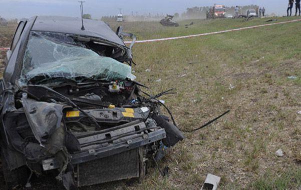 La escena.  La conductora del Meriva perdió la vida.