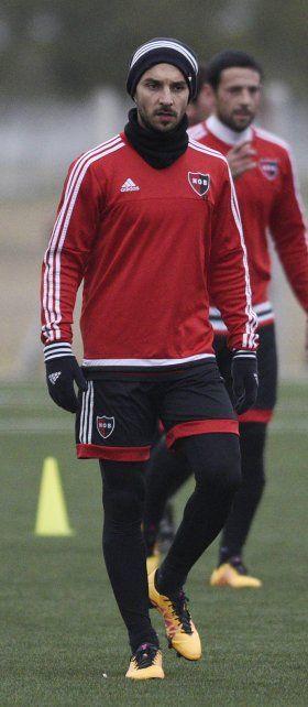 Nacho. El goleador rojinegro dice que quiere terminar con las lesiones.