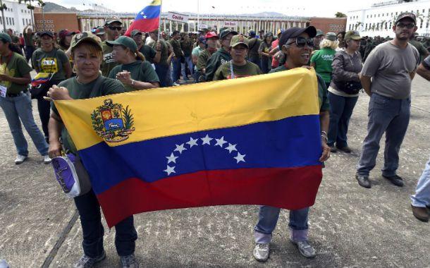 Ensayos de guerra. Las milicias bolivarianas participan de los ejercicios.