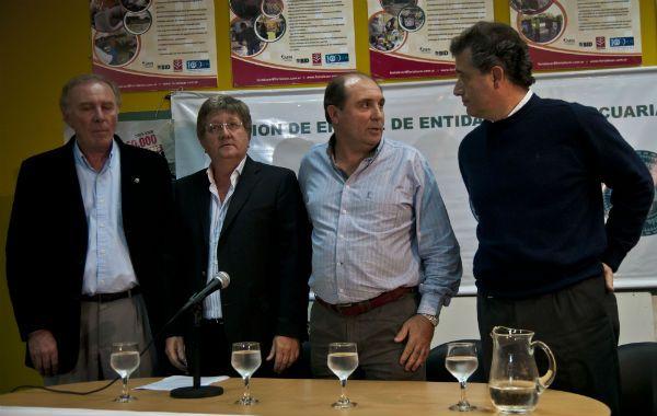 Los representantes de las entidades agrarias anunciaron la medida de acción directa en conferencia de prensa.