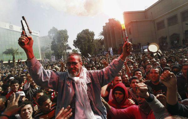 Violencia. En El Cairo las celebraciones por el fallo incluyeron las armas.