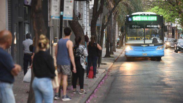 Los choferes del transporte urbano rosarino, entre los paros y el nuevo sistema.