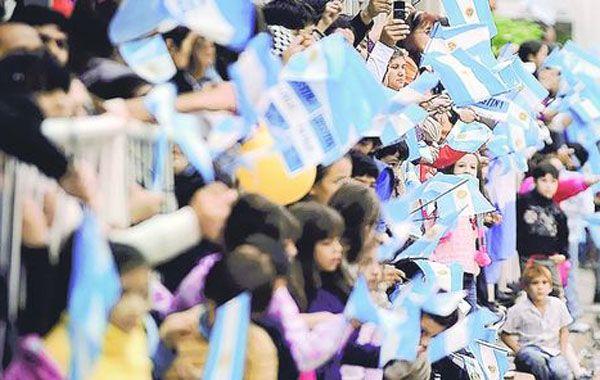 Anuncian festejos populares en Rosario por el aniversario de la Revolución de Mayo