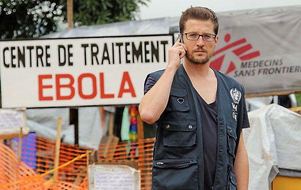 El virólogo alemán que probó un test en Guinea.