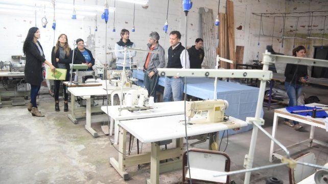 Refacciones. El taller textil de Villa Gobernador Gálvez.