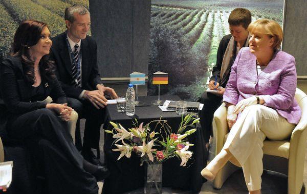 """Tras la cumbre. Cristina planteó a Merkel una relación """"donde ganemos todos""""."""