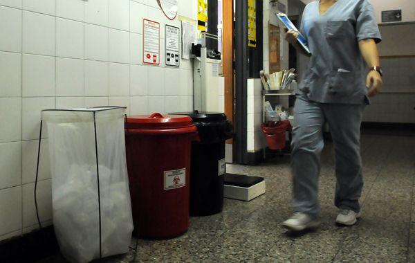 Los trabajadores de los hospitales dicen sentirse expuestos a las agresiones. (Foto: E. Rodríguez Moreno)