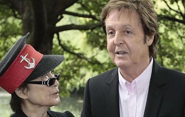 Yoko y Paul hicieron las paces. Ella no rompió a los Beatles