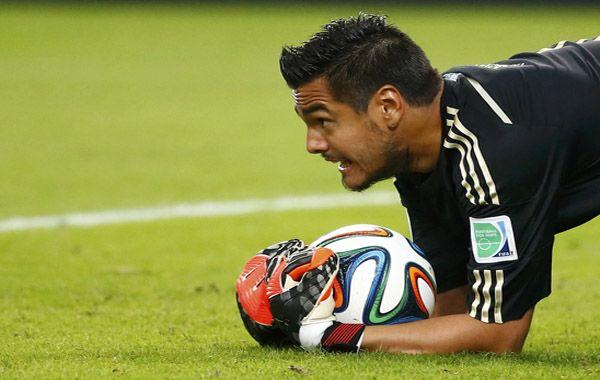 Sergio Romero saliñó a negar que haya desencuentros entre los jugadores y el entrenador Alejandro Sabella.