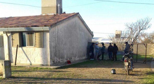 El cuerpo de la menor fue encontrado detrás de una vivienda de Tío Pujio.