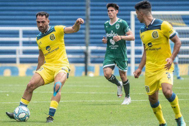 Una buena. Fito Rinaudo volvió a hacer fútbol, en el equipo alternativo canalla. Central precisa más tiempo de trabajo.
