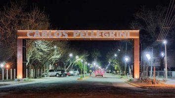 La presidenta comunal de Carlos Pellegrini, Marina Bordigoni, relativizó la cantidad de casos y los atribuyó a los testeos masivos que se realizan en la localidad de siete mil habitantes.