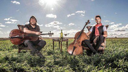 El dúo Chechelos se presenta en La Vieja Usina