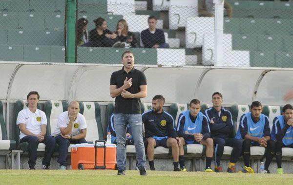 El DT destacó que el equipo asumió muy bien la responsabilidad que demandaba el partido.