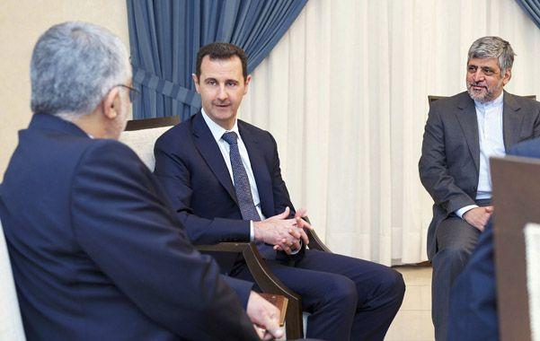Confianza.  Bashar Assad recibió a una comitiva de legisladores que viajó especialmente desde Teherán.