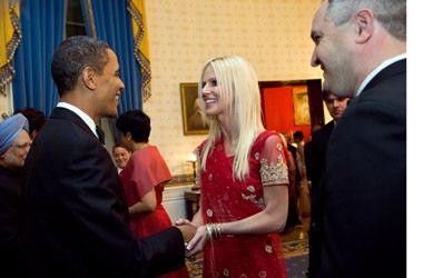 La pareja que se coló en una cena en la Casa Blanca llegó a saludar a Obama