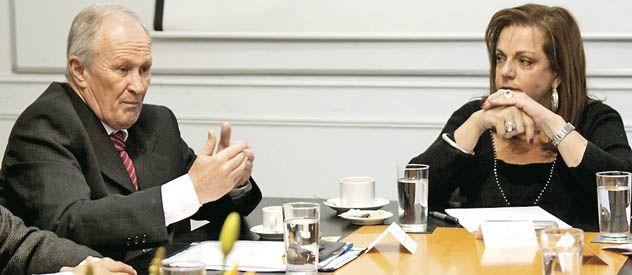 Raúl Lamberto y Nilda Garré mantuvieron dos horas de audiencia ayer en la Capital Federal.