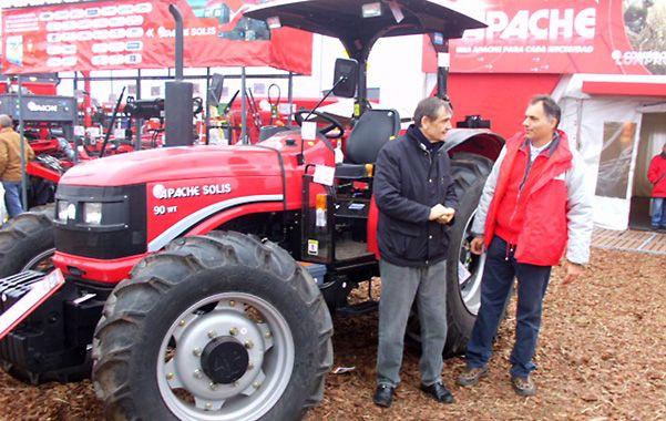 Un ejemplo. El tractor Apache-Solis ya sustituye más del 50 por ciento de las piezas que antes venían de la India.
