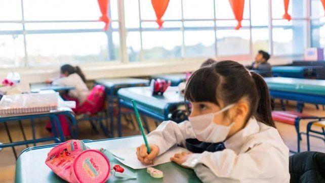 Regreso a clases: los gremios docentes dicen que las aulas actuarán como burbujas de hacinamiento
