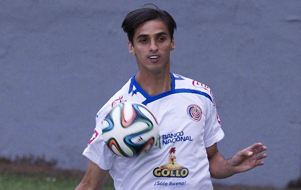 Referente. El mediocampista Ruiz es uno de los generadores de fútbol del seleccionado centroamericano.