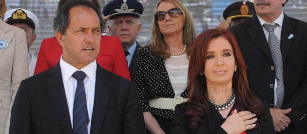 A Scioli lo denfendieron su ministo Arlía