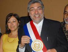 El ex obispo Lugo asumió la presidencia de Paraguay en un clima de gran esperanza