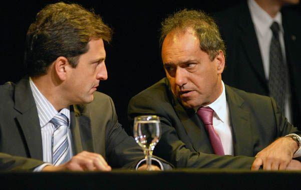 Interna peronista. Sergio Massa y Daniel Scioli se tiraron con dureza a través de sus voceros políticos.
