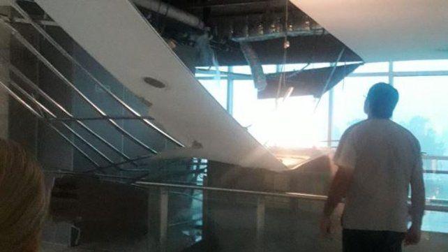 Se cayó el techo y se inundó el Cemafe por la tormenta