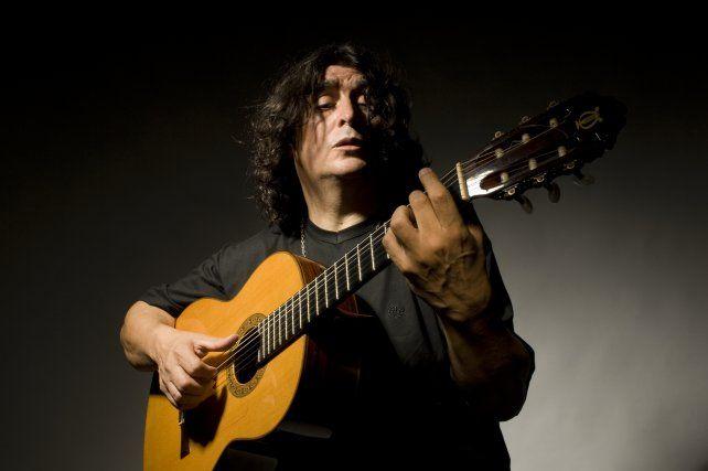 Luis Salinas compartió presentaciones con destacados artistas nacionales como Adolfo Abalos