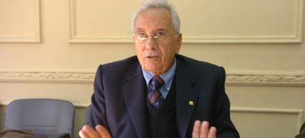 Héctor Recalde: Hay que vacunar contra despidos