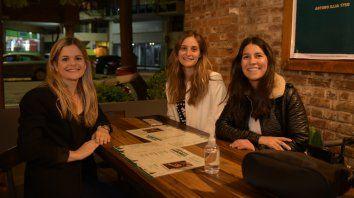 Florencia Maiz, Guadalupe Pecci y María Bravo.