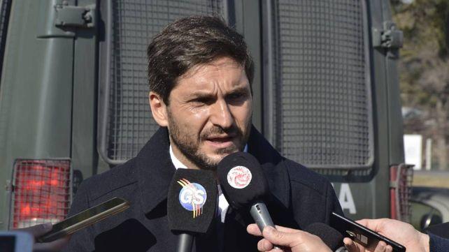 Pullaro dijo que Perotti debería estar golpeando las puertas de la Casa Rosada.