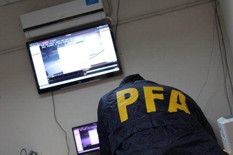 Efectivos de la Policía Federal solicitaron ayer secuencias fílmicas.