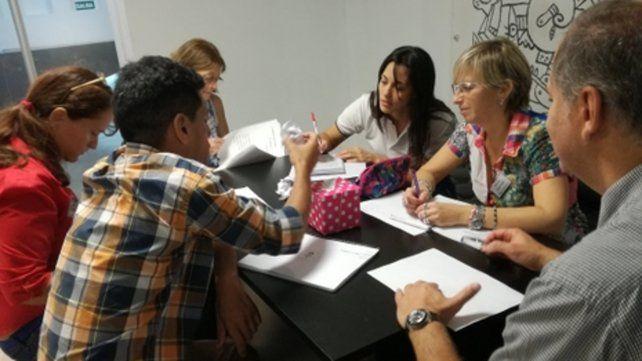 Docentes participaron del curso de capacitación Nuevas habilidades y estrategias para el educador del siglo XXI que se realizó en el diario.