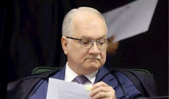 El juez del Supremo Edson Fachin remitió al Pleno del tribunal su dictamen sobre Lula da Silva para su revisión.
