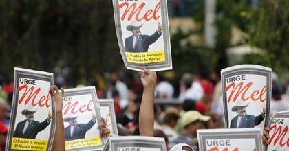 La OEA analiza la suspención de Honduras y solicita la restauración de Zelaya