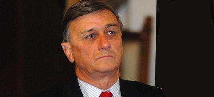 Binner aseguró que no hay dinero para municipios y comunas