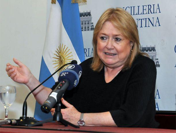 """La canciller argentina valoró la resolución de la ONU porque reafirma que el territorio malvinense es disputado""""."""