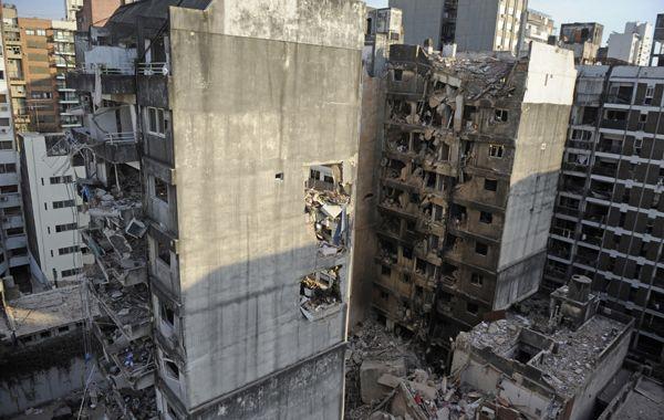 Se creó un fondo especial para la reparación y asistencia a los damnificados por la explosión y posterior derrumbe.